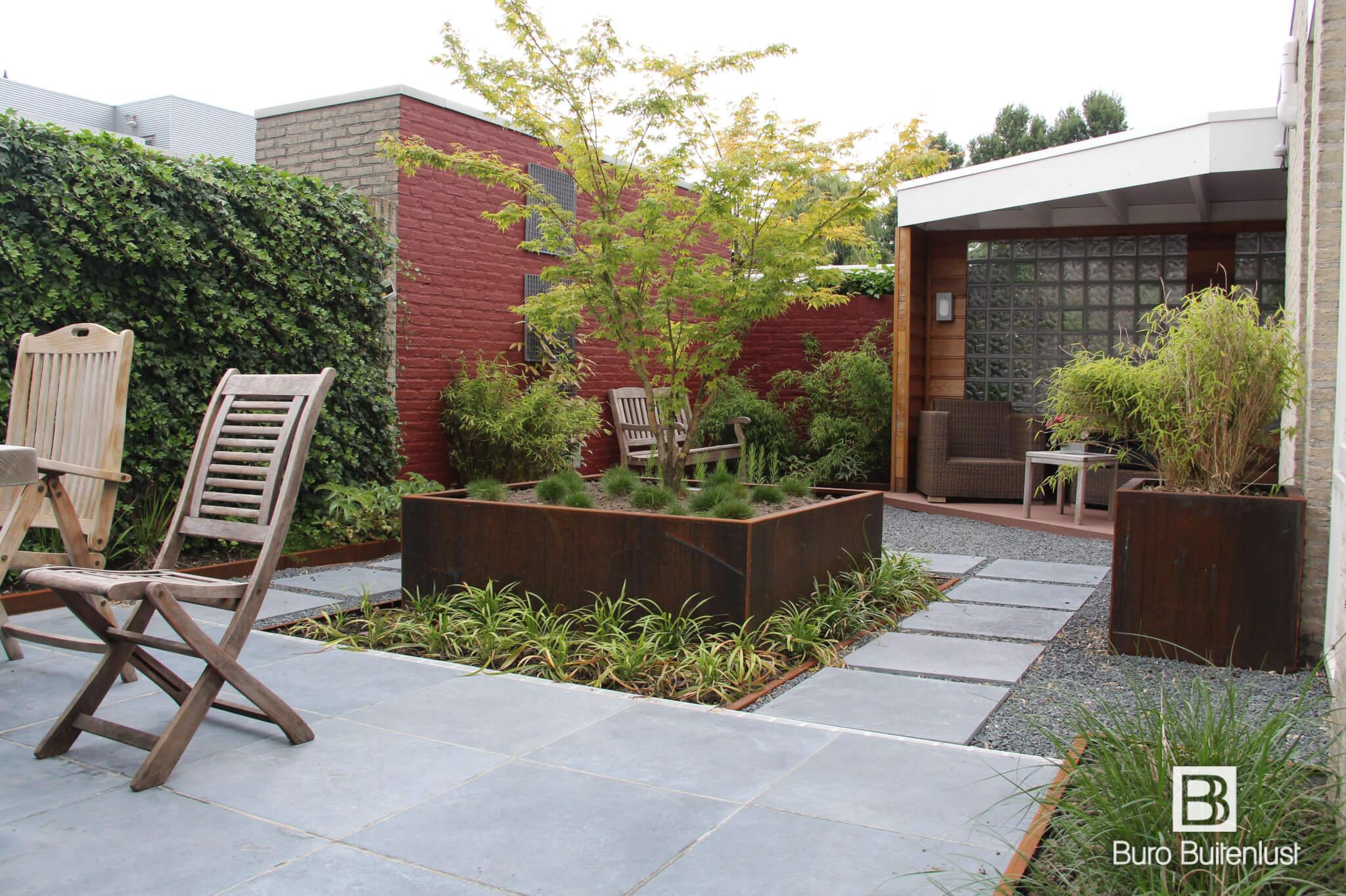 Moderne patiotuin buro buitenlust for Tuinontwerp natuurlijke tuin