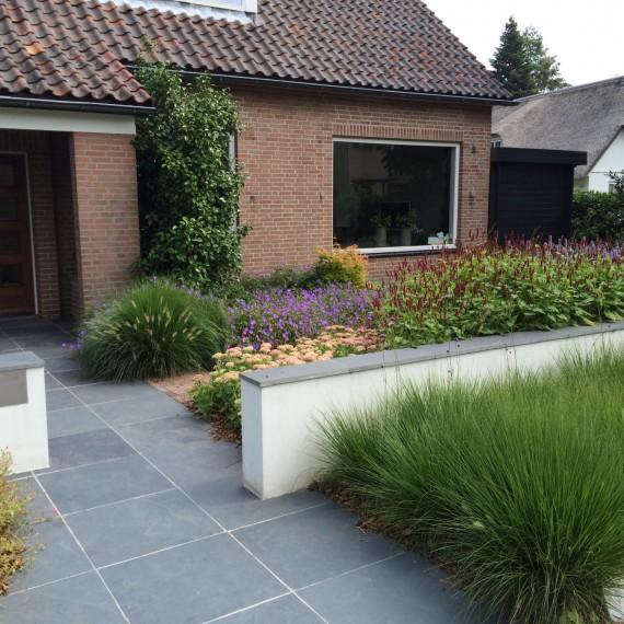 Tuinontwerp met siergrassen en vaste planten