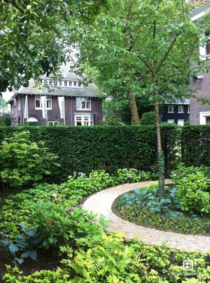 Tuinontwerp voor sfeervolle tuinen met een natuurlijke uitstraling. Tuinen die elk jaar mooier worden.