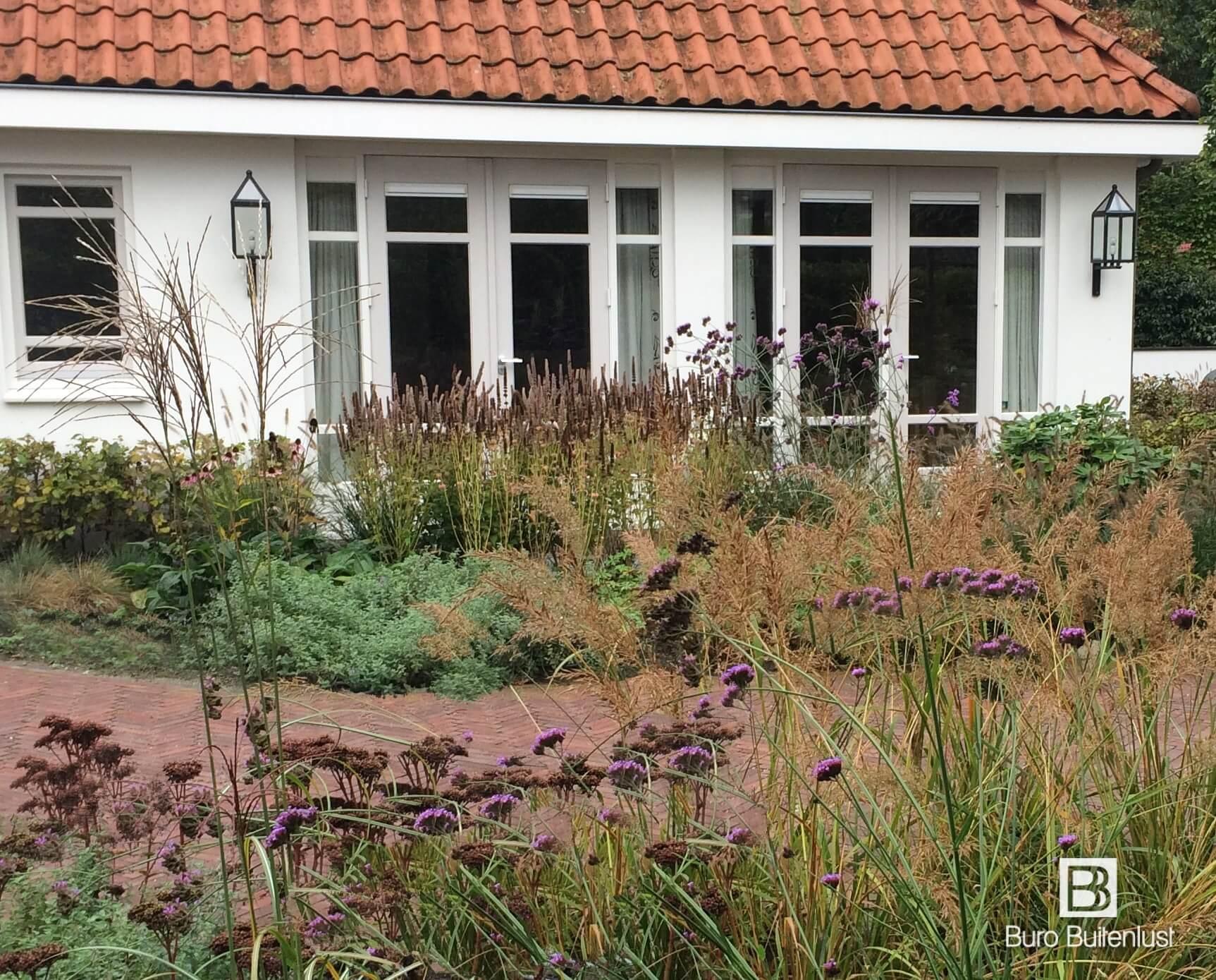 Landelijke tuin met natuurlijke uitstraling bij landgoed Jan des Bouvrie