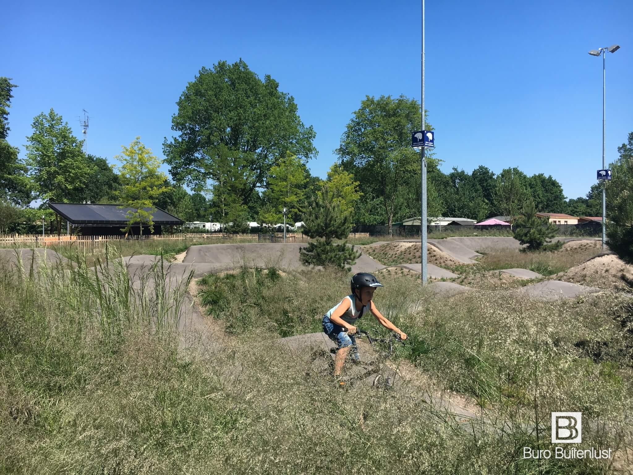Pumptrack recreatie en sportterreinen