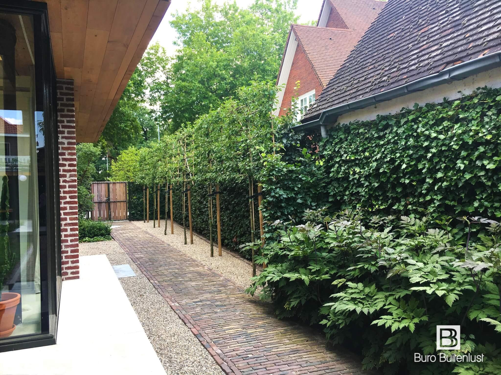 Sfeervolle materialen in modern tuinontwerp
